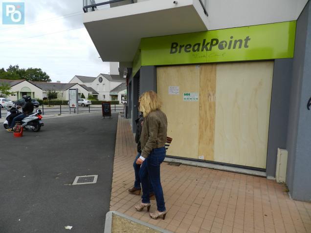 La boutique est restée fermée ce samedi matin.