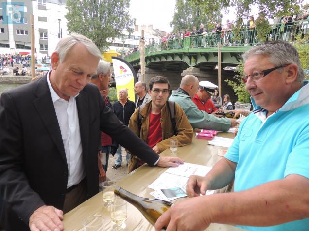 Au Rendez-Vous de l'Erdre, Jean-Marc Ayrault a rappelé son attachement à défendre le vignoble nantais.