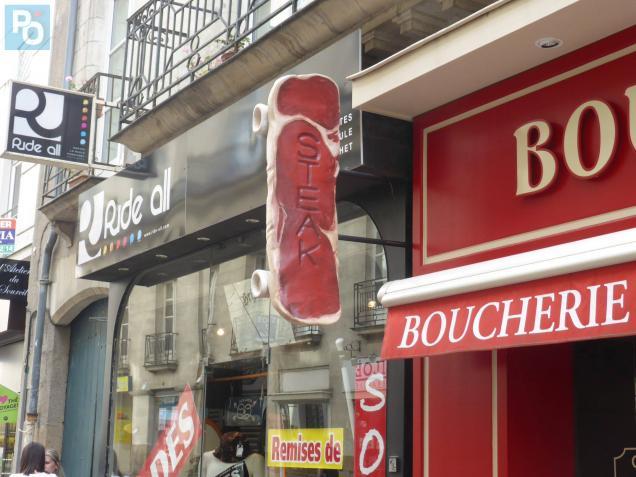 Enseigne Boucherie nantes. insolite : steak board ou skate saignant ? | presse océan
