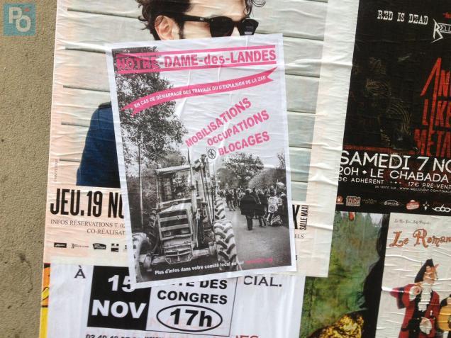 Ce dimanche, de nouvelles affiches ont fait leur apparition dans les rues de Nantes