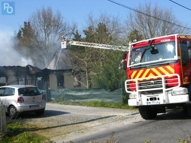 26 pompiers étaient à pied d'œuvre pour éteindre l'incendie.