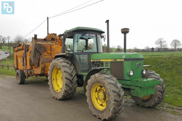 Loire atlantique en tracteur il tente de semer les - Image de tracteur ...