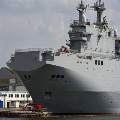 st nazaire pour hollande les navires mistral sont devenus un casse t te russe presse oc an. Black Bedroom Furniture Sets. Home Design Ideas