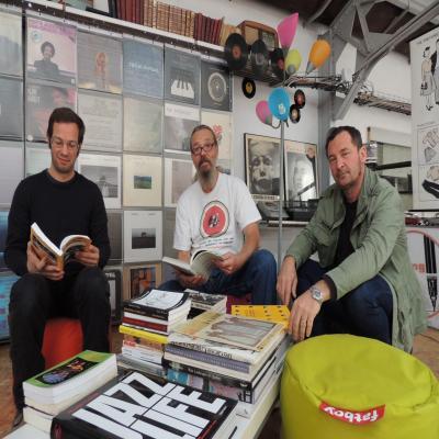 Saint nazaire deux libraires s 39 installent le temps d 39 un for Garage seat saint nazaire