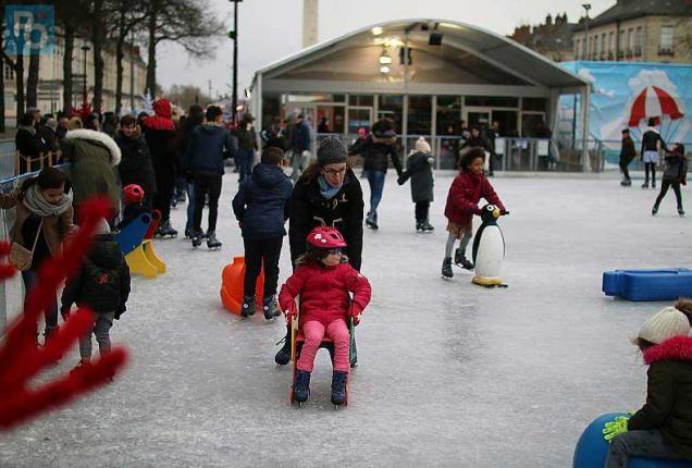 Nantes du monde la patinoire mais rien d 39 ouvert en - Patinoire petit port nantes ...