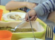 La qualité des repas et le plastique sont au coeur des préoccupations